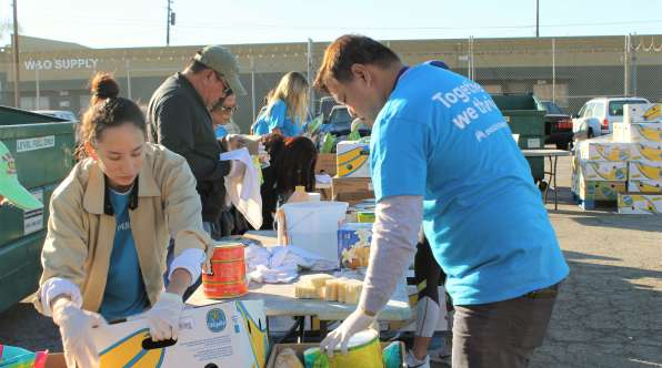 Thumbnail image of Kaiser Permanente Honors MLK Legacy with Service to the Community