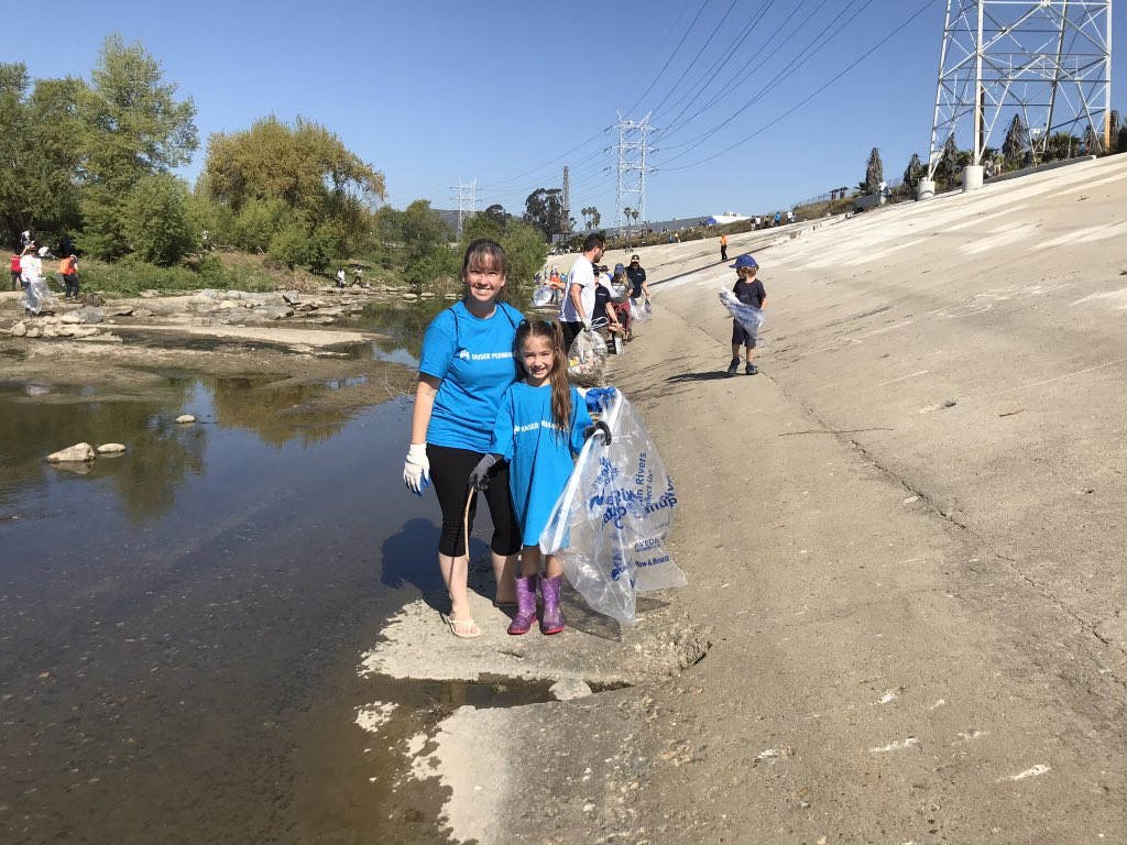 Volunteers cleaning up the LA river